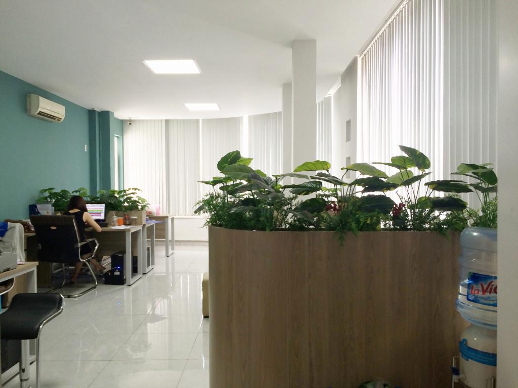 Cho thuê Văn phòng mặt tiền Bến Vân Đồn, quận 4, TP.HCM 110
