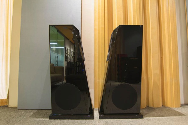 Rockport Technologies Mira Speakers (USED) (SOLD) 74714910