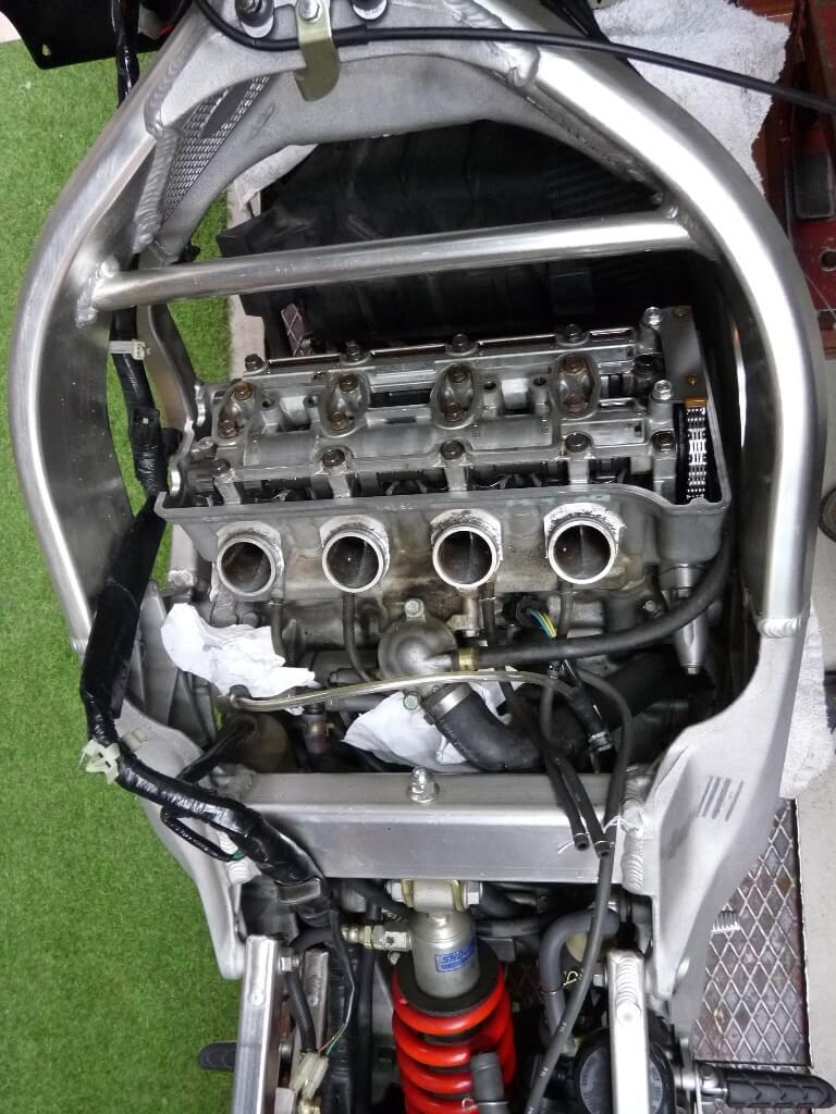 Honda CBR600RF PC35 - Révision des 40 000 km. Cbr00011