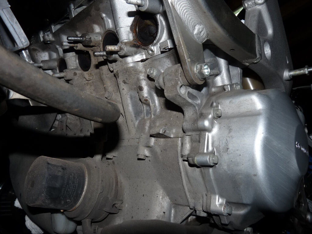 Honda CBR600RF PC35 - Révision des 40 000 km. Cbr00015