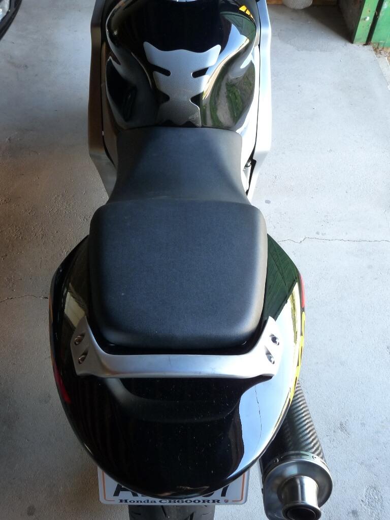 Honda CBR600RF PC35 - Révision des 40 000 km. Cbr00315