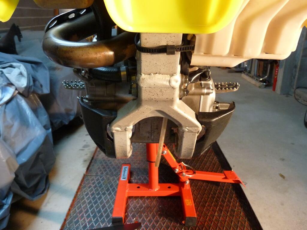 Montage d'un sabot moteur. Sabot017
