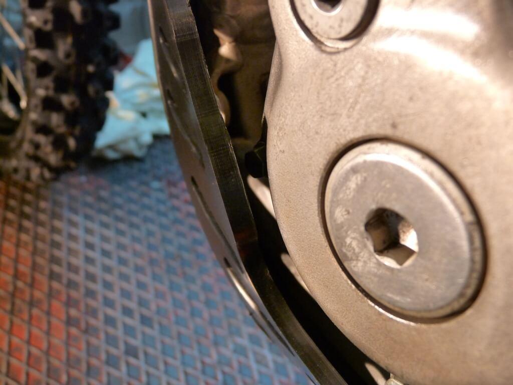 Montage d'un sabot moteur. Sabot054