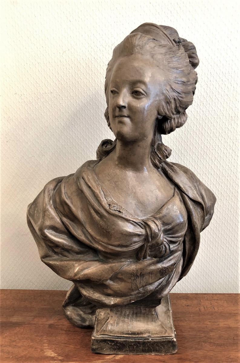 A vendre: bustes Marie Antoinette - Page 8 36697410