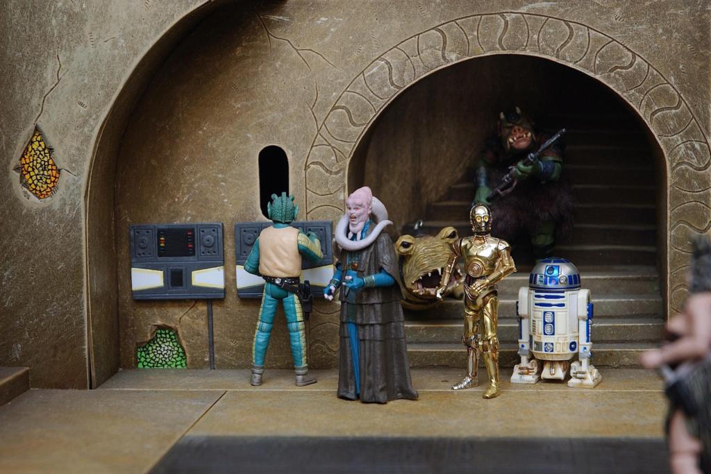 sideshow -  Jabba The Hutt Diorama (New character added) Jabbas12