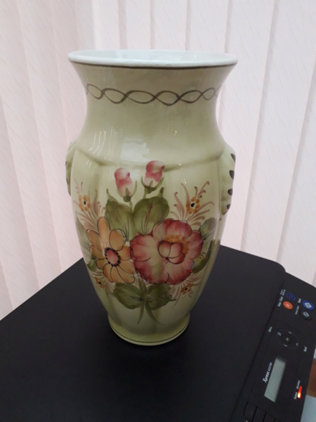 Simons Bros(London) Limited Vase_111
