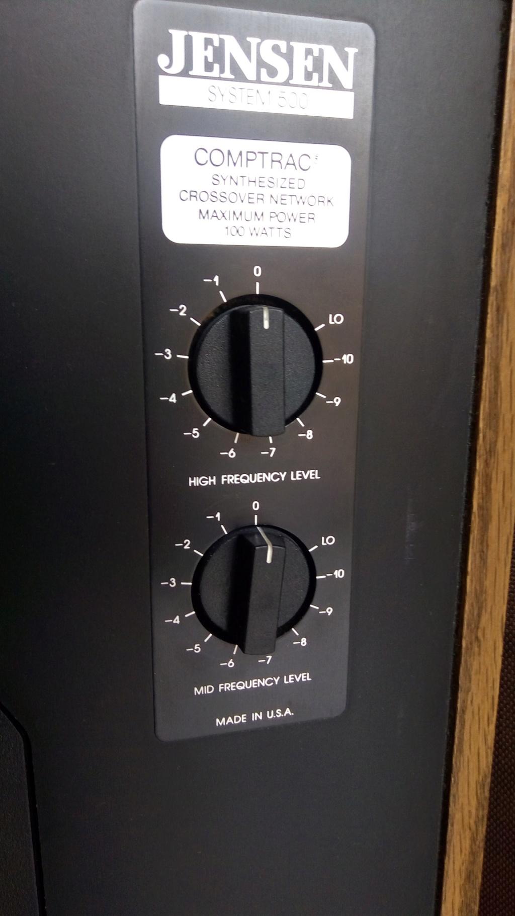 Domanda per chi mastica di cambi di amplificazione a parità di diffusori Jensen10