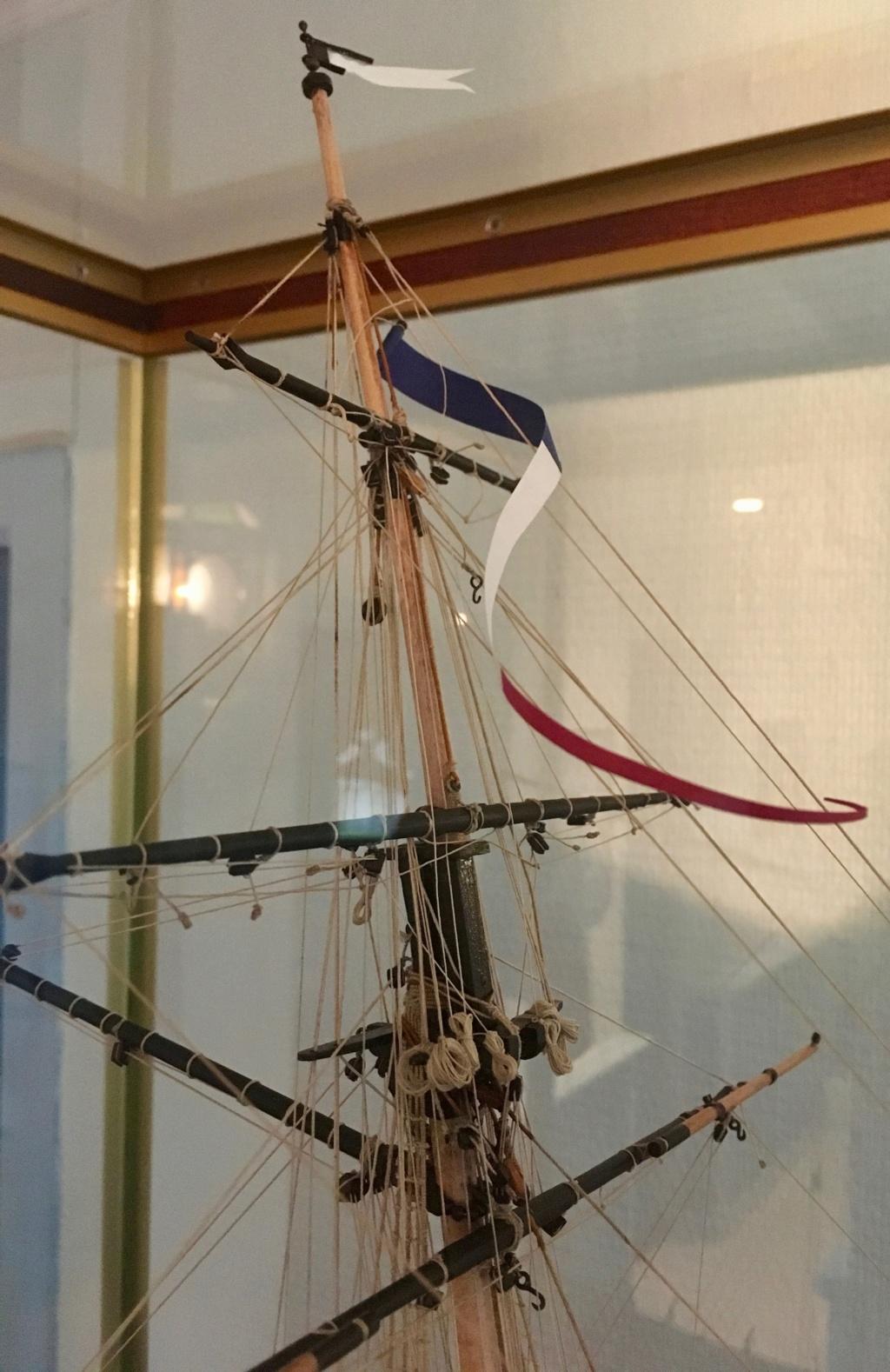 HMS Lady Nelson (Amati 1/64°) Img_1837