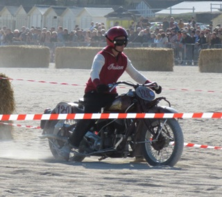 l indian qui a tournée au normandy beach race Indian11