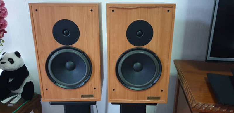 Audio Note AX two stand mount speaker RM2800 15725411