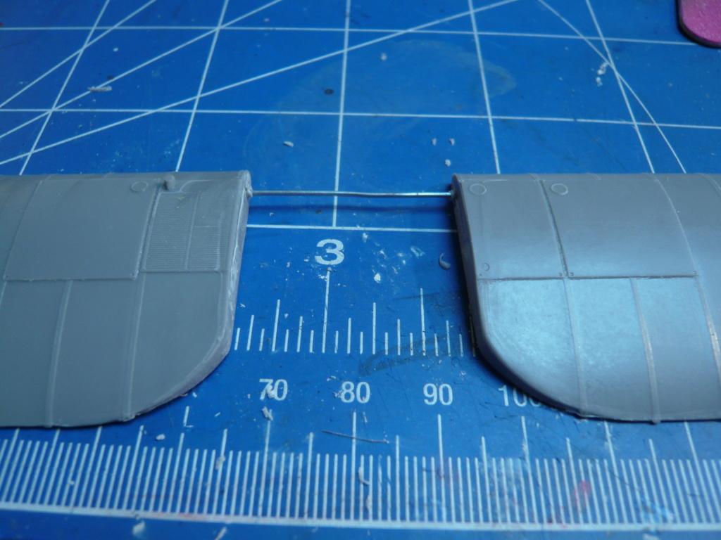 dfw t-28 floh 1/32 planet models P1080260