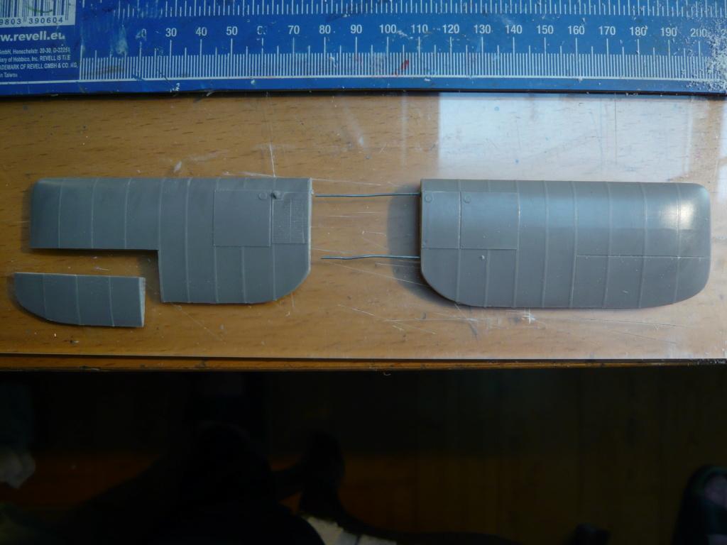dfw t-28 floh 1/32 planet models P1080261