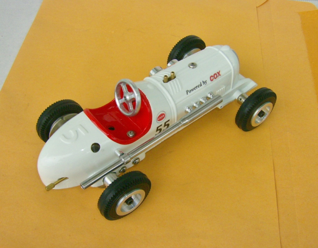 A little tether car cox powered Hpim1133