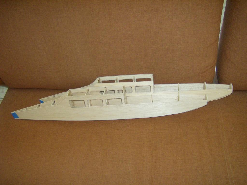 Enterprise Catamaran Cruiser Hpim1217