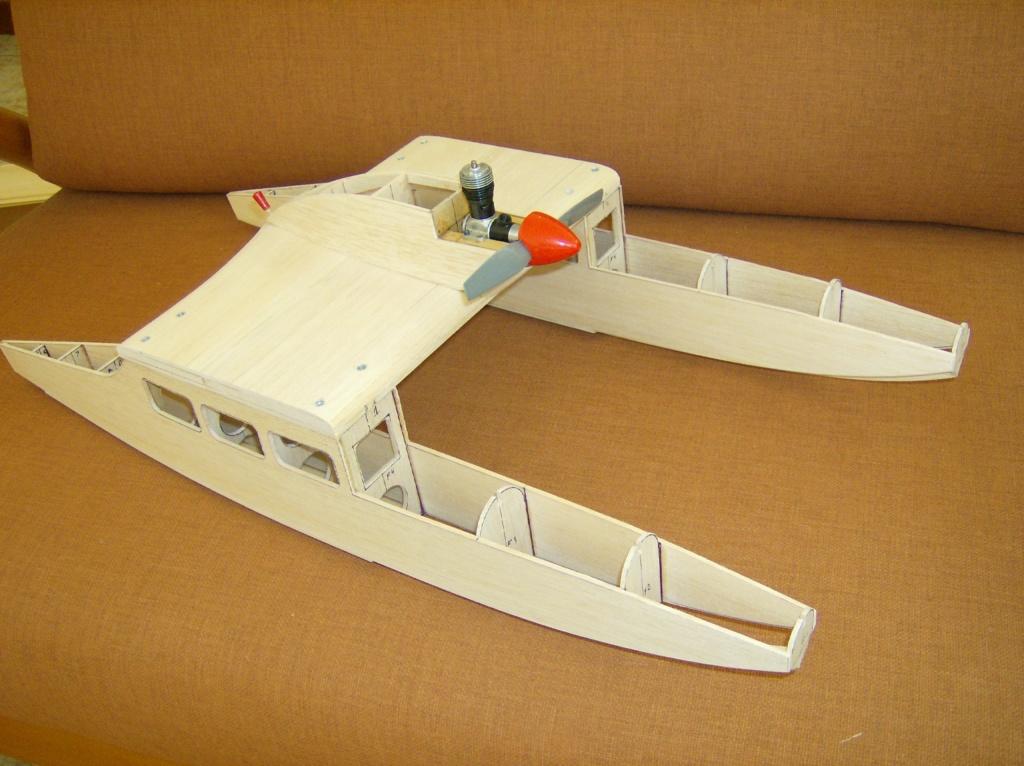 Enterprise Catamaran Cruiser Hpim1226