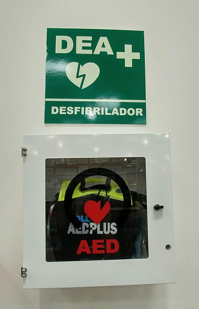 Automatic External Defibrillator (AED) Aeba10