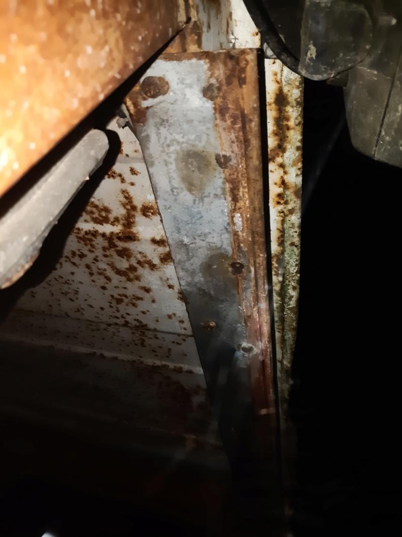 Recherche type cabine 461 pour vitre arrière  20201129
