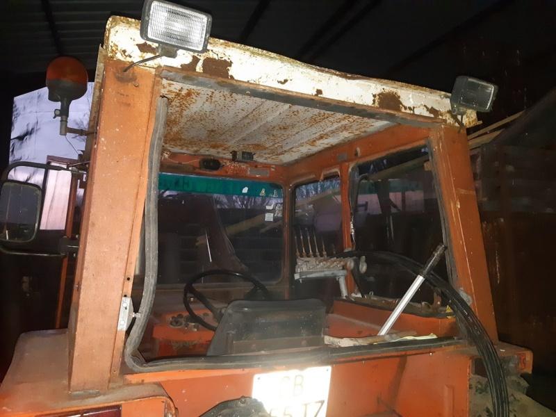 Recherche type cabine 461 pour vitre arrière  20201135