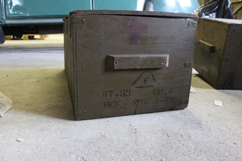 deux caisses qui ont voyagé Img_5613