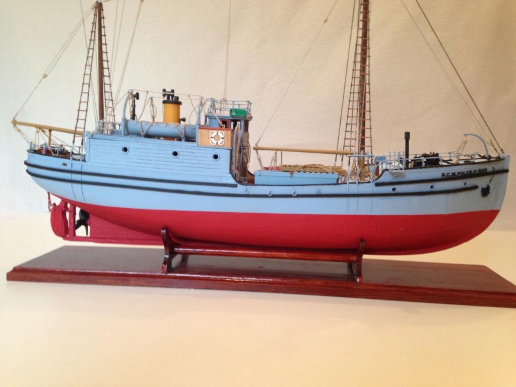 Le Saint Roch (Billing Boats 1/72°) Img_1313