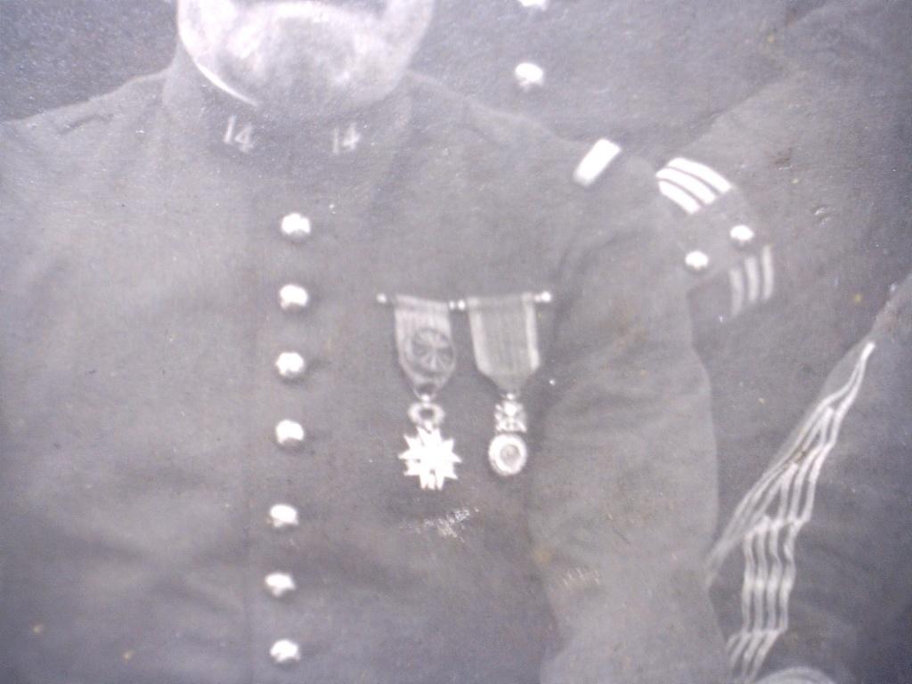 A identifier un groupe de militaires portant le numéro 14 20107132