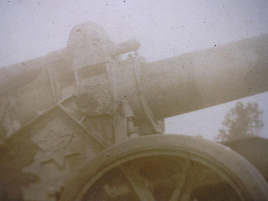 A identifier Canon camp de SAINT DIZIER 20412127
