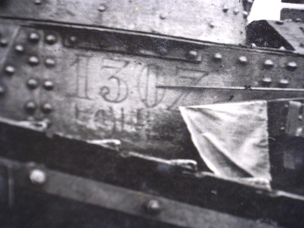 A identifier groupe soldats numéro 506 avec chars  20426122