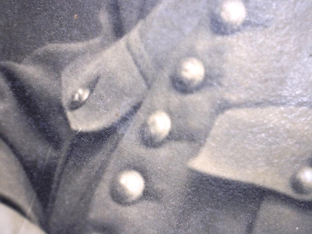 À identifier soldat fourragère avec numéro 10 sur col 20426216