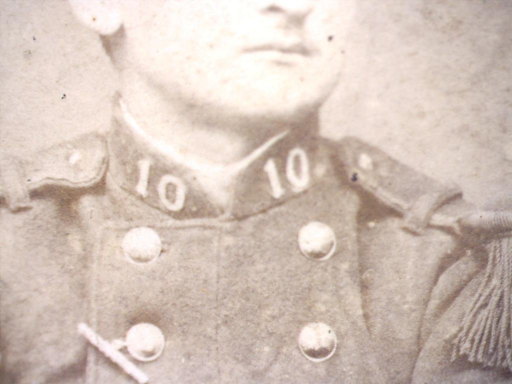 À identifier soldat numéro 10 sur col. 20428119