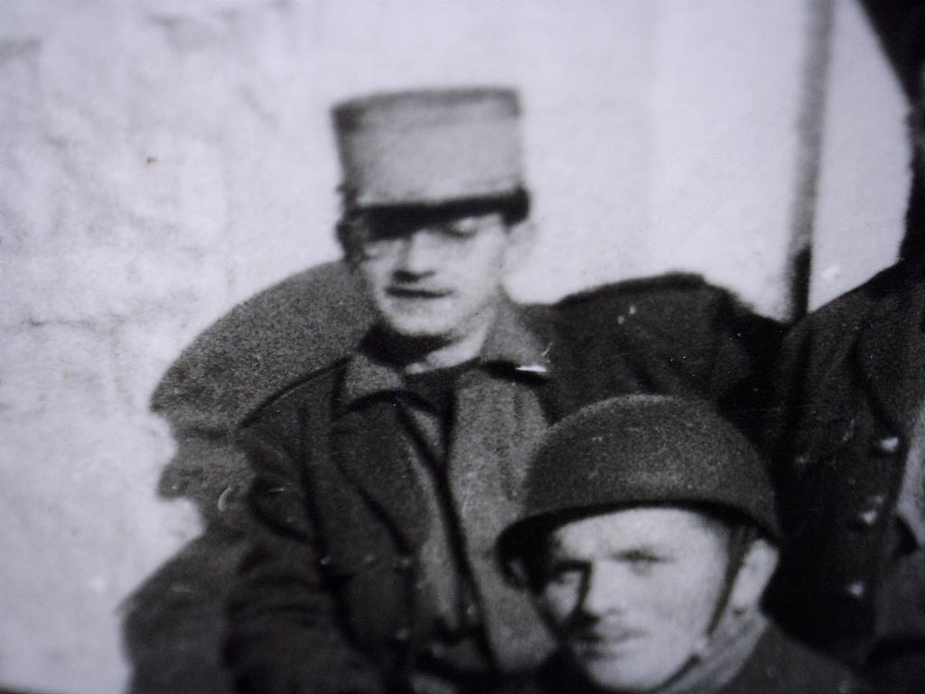 A identifier Groupe de militaires en 1958 20428131