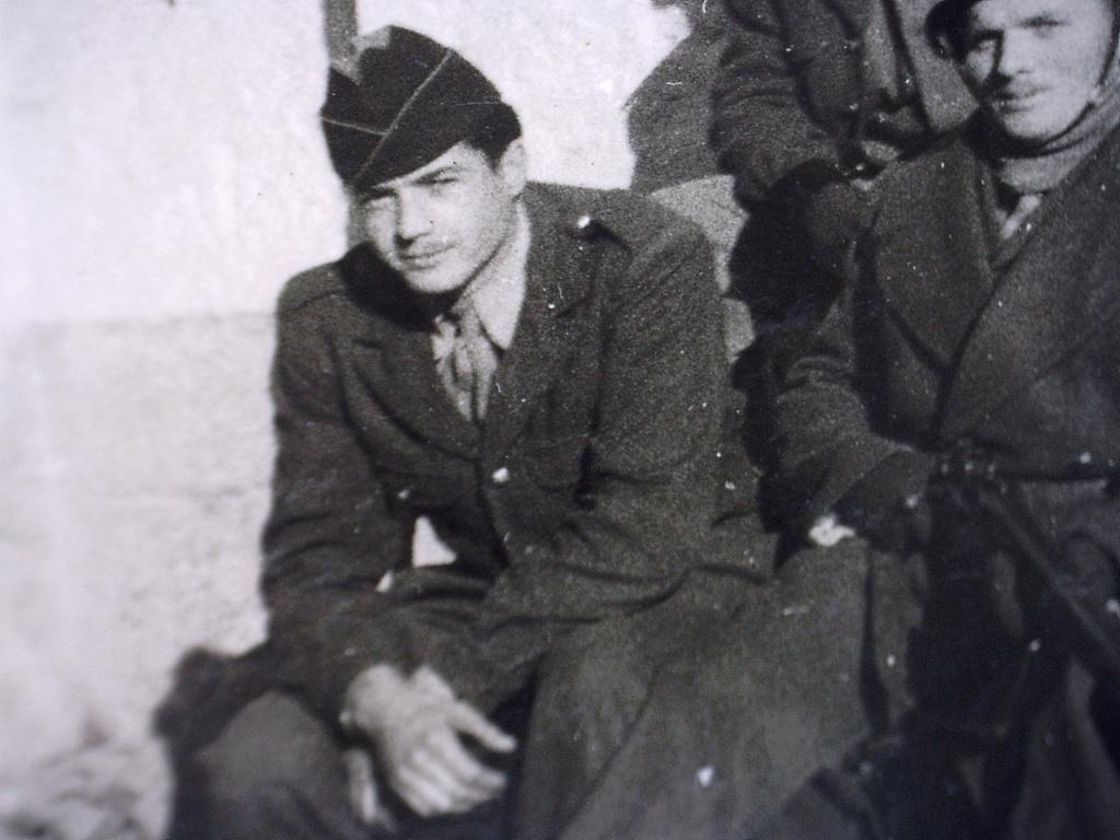 A identifier Groupe de militaires en 1958 20428132