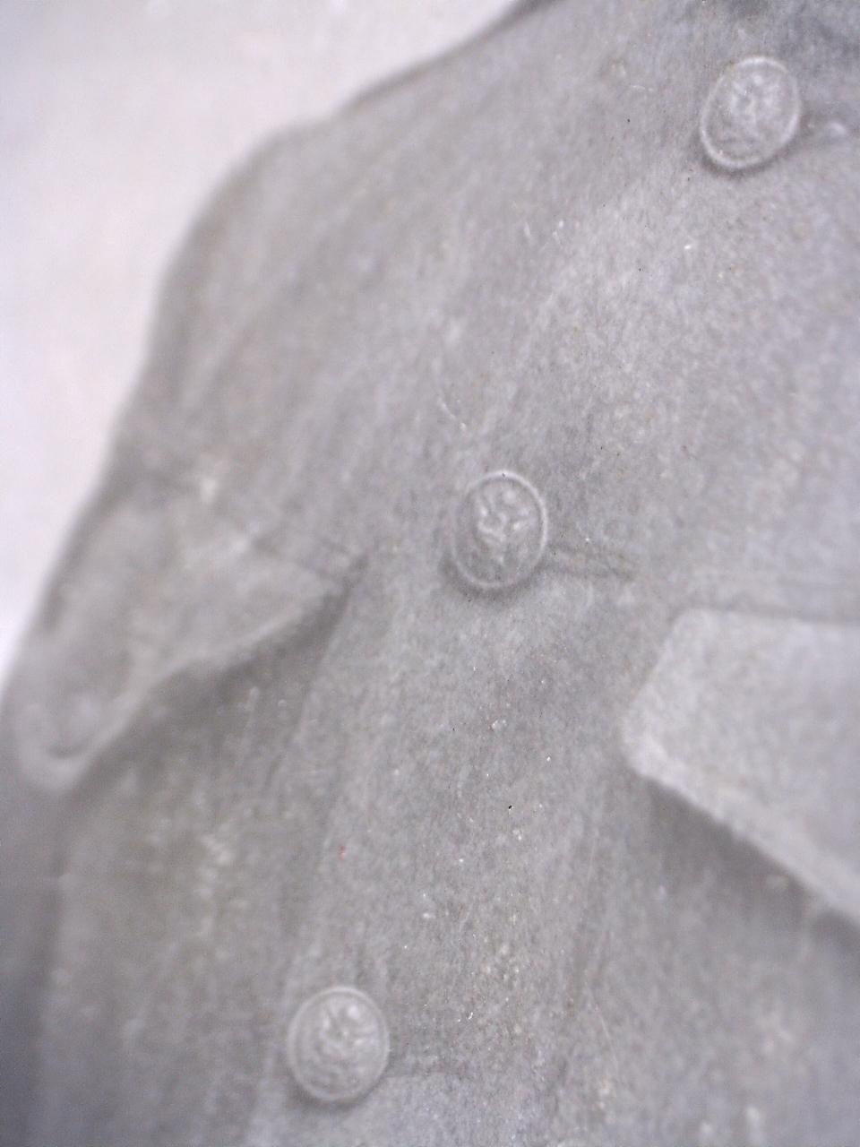 A identifier soldat français ? boutons avec aigle US ARMY ? 20432115