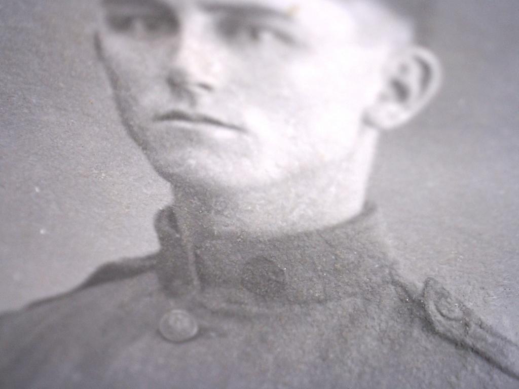 A identifier soldat français ? boutons avec aigle US ARMY ? 20432116