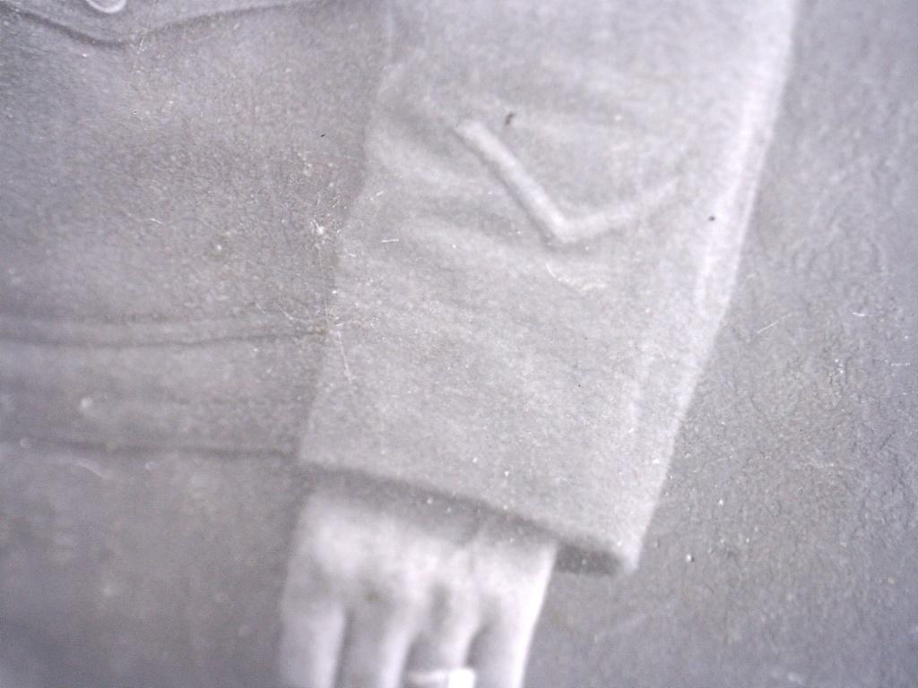 A identifier soldat français ? boutons avec aigle US ARMY ? 20432117