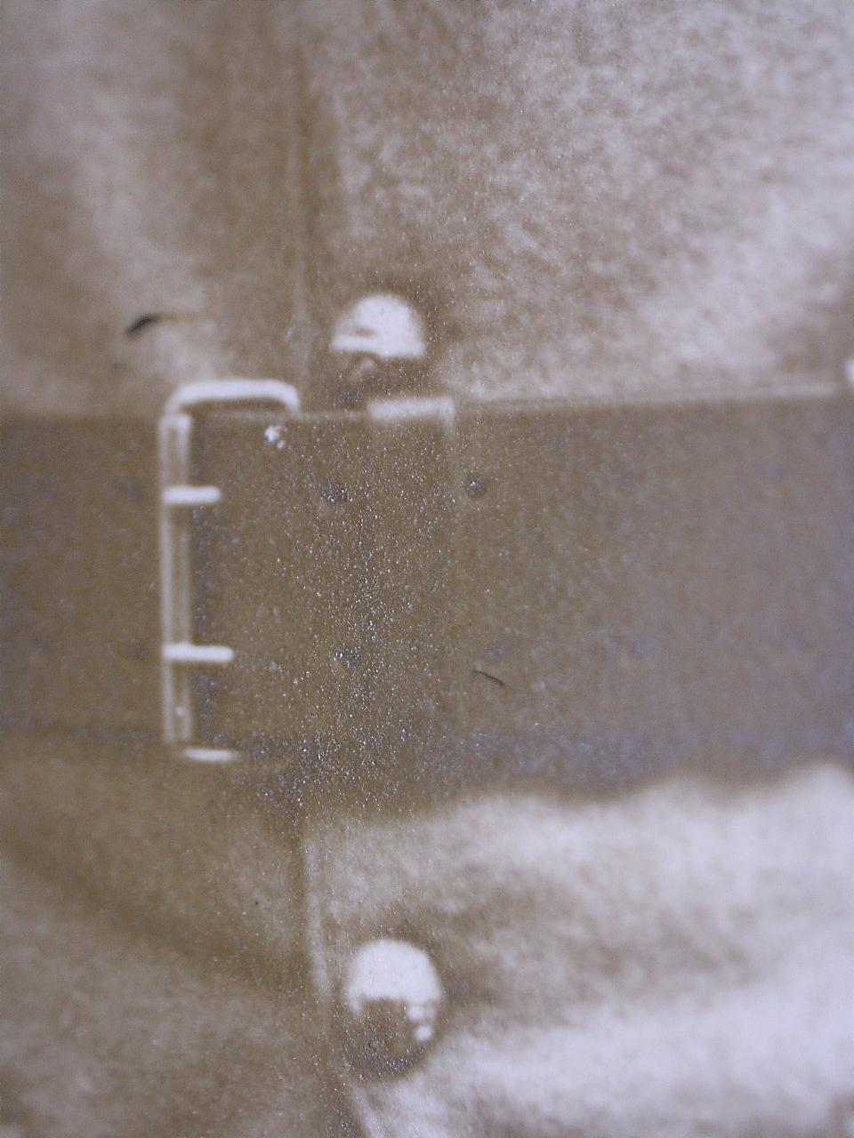 À identifier soldat fourragère avec insigne tête de loup ou chien, bottes lacées - Page 2 20441113