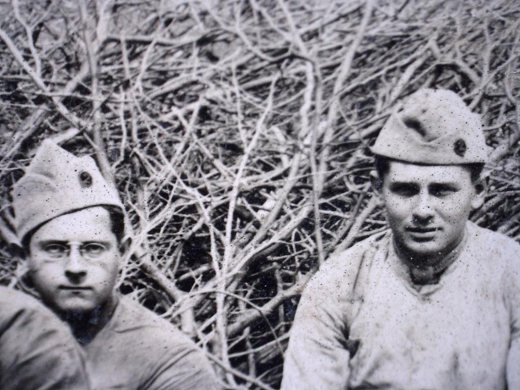 À identifier Construction radeau ? régiment numéro 2 20451413