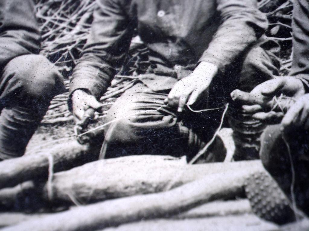 À identifier Construction radeau ? régiment numéro 2 20471011