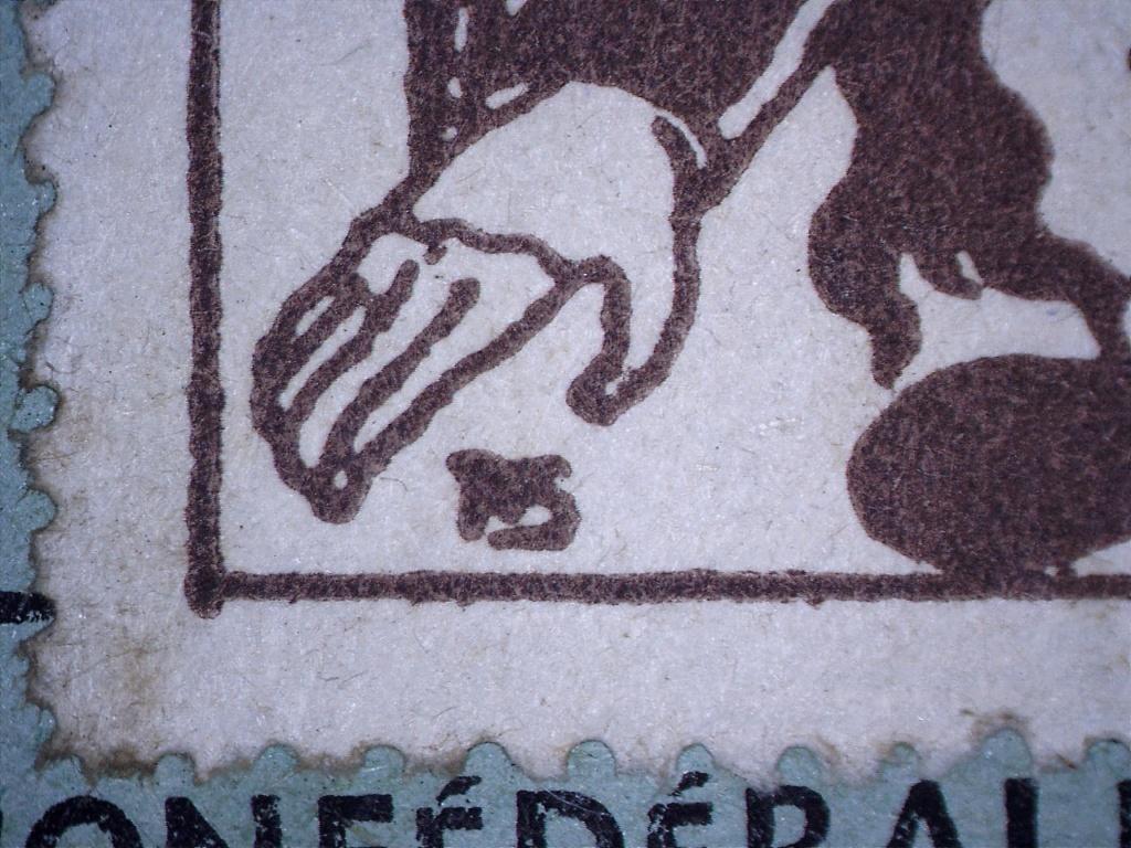 À identifier timbre 1945 10 Francs PENSEZ à EUX 21231413