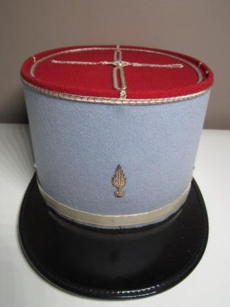 A identifier KÉPI de couleur bleu/gris Img_0710