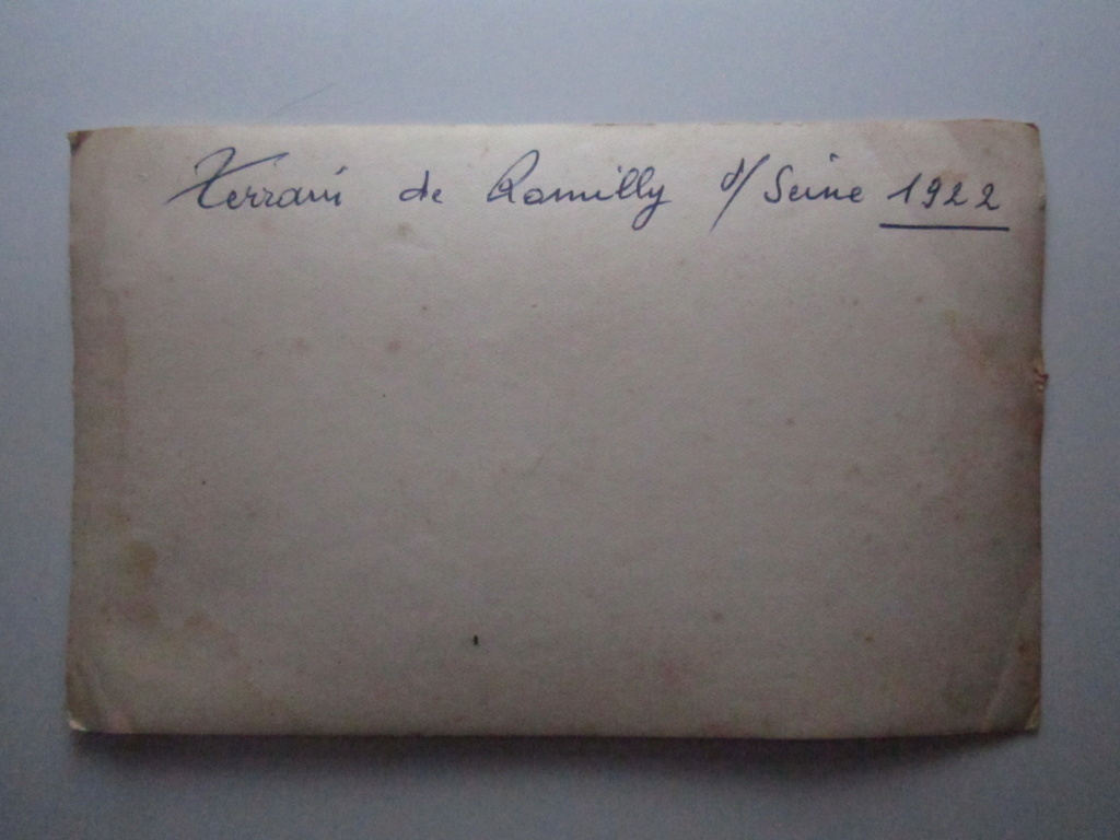 A identifier 1922 terrain de ROMILLY sur SEINE Décoration AVIONS Img_0867