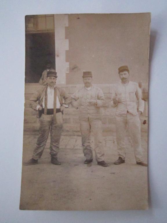 A identifier 3 soldats numéro 6 ? sur képi. Img_0939