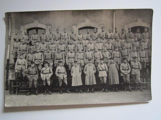 A identifier Groupe de militaires numéro 31 Img_1231