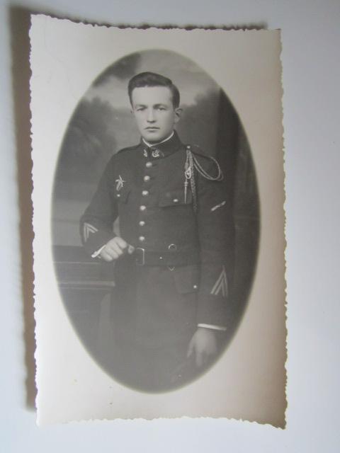 A identifier soldat numéro 31, CIGOGNE et TROMPETTE sur FOURRAGÈRE Img_1235