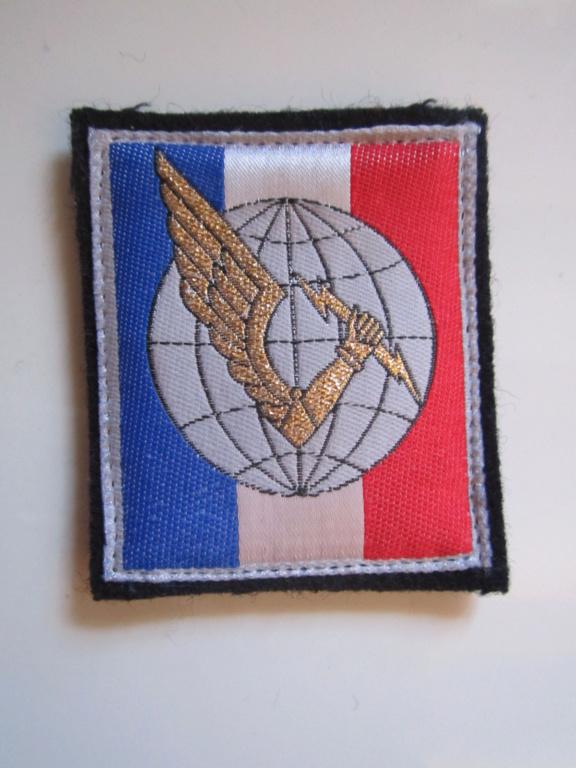 À identifier tissu Militaire Img_1254