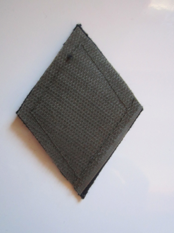 À identifier tissu Militaire numéro 708 Img_1262