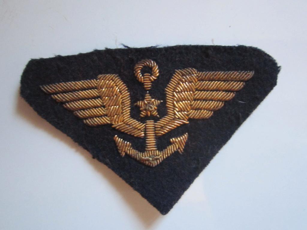 À identifier tissu Militaire (fil d'or ?) Img_1275