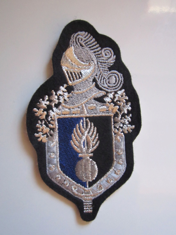À identifier tissu Gendarmerie Img_1280