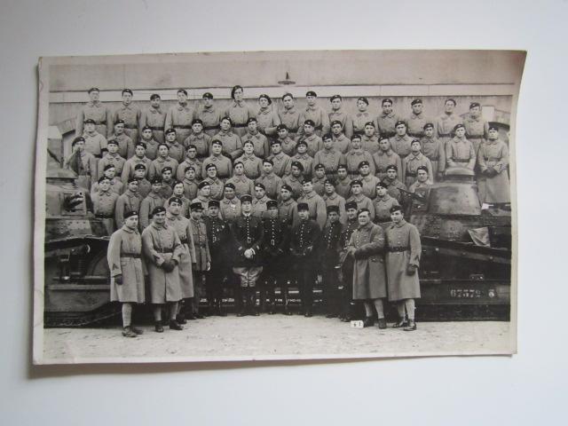 A identifier groupe soldats numéro 506 avec chars  Img_1611