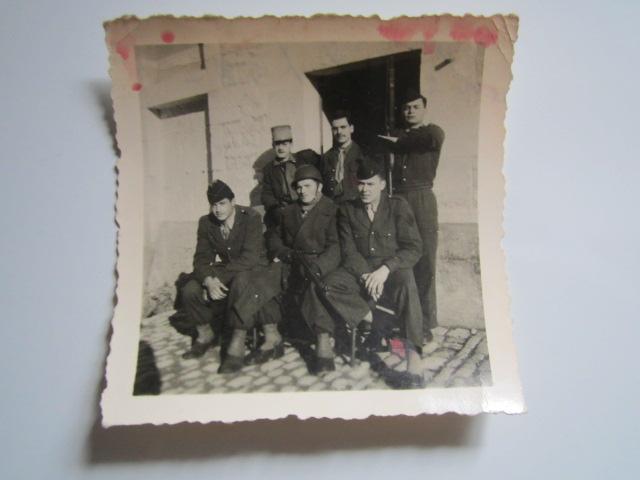 A identifier Groupe de militaires en 1958 Img_1631