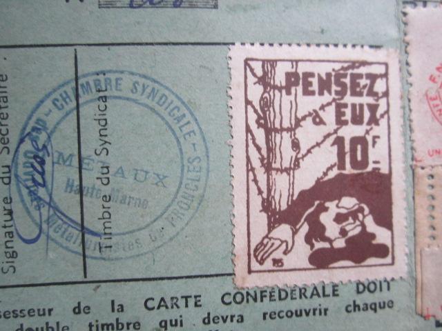 À identifier timbre 1945 10 Francs PENSEZ à EUX Img_3210